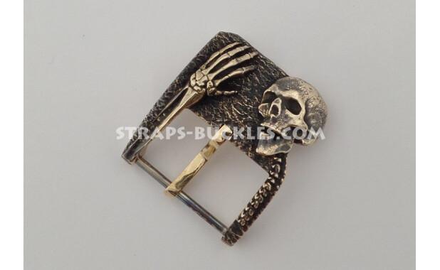Skull and bones bronze 24 mm